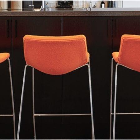 Bar- / canteen tables